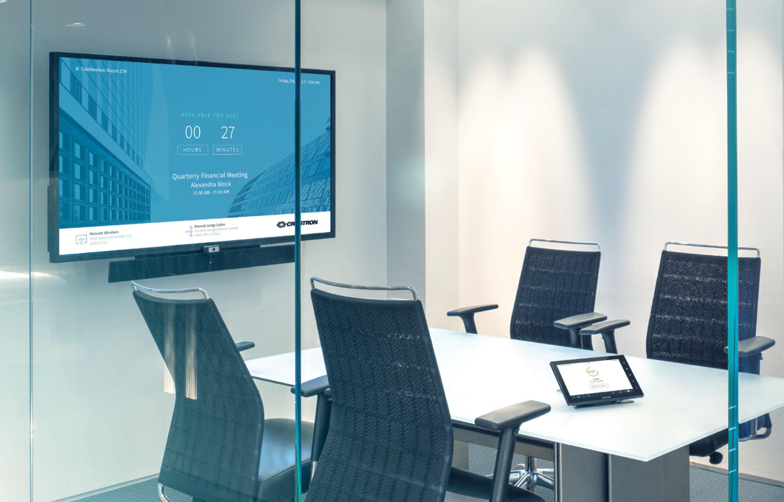Triangle Audiovisual Office